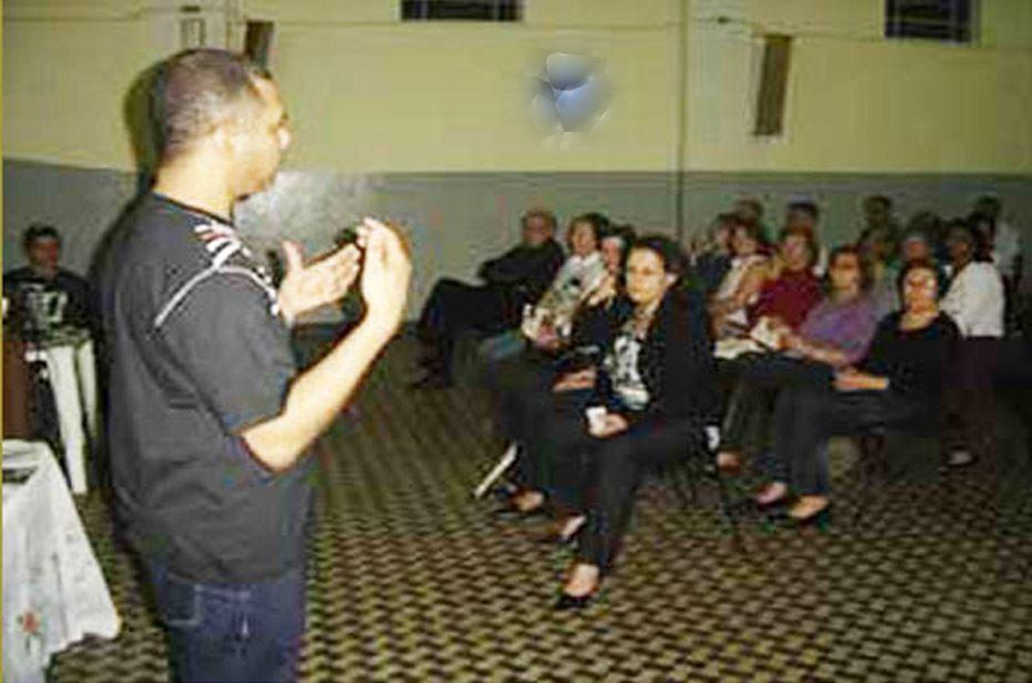 Ribeirão Claro sedia reunião da Rota do Rosário