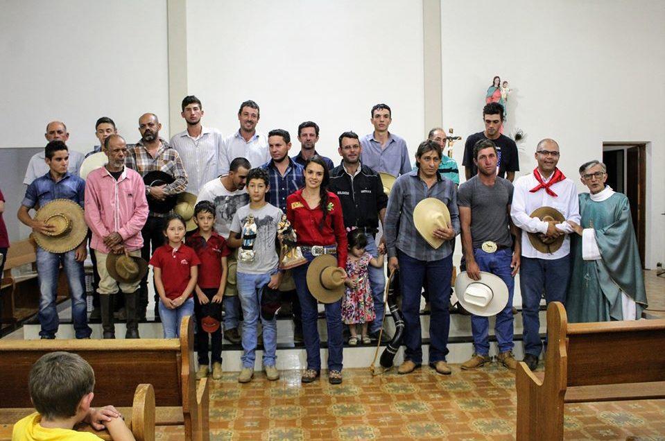 Comunidade da Lavrinha acolhem os Tropeiros da Rota do Rosário