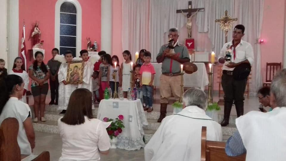 Santa Missa é Celebrada em Calógeras com as Imagens de São João Batista e Nossa Senhora das Brotas